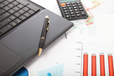Работим повече за данъци според Института по пазарна  икономика