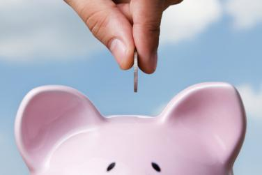 Управителят на БНБ предупреди за натрупване на кредитен риск