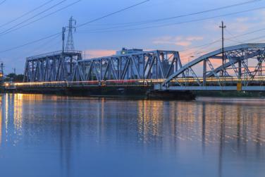 Трети мост над река Дунав при Русе. Колко и какви да бъдат мостовете на река Дунав?